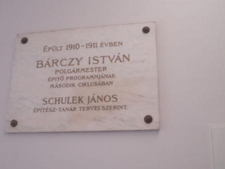 Bárczy István-emléktábla