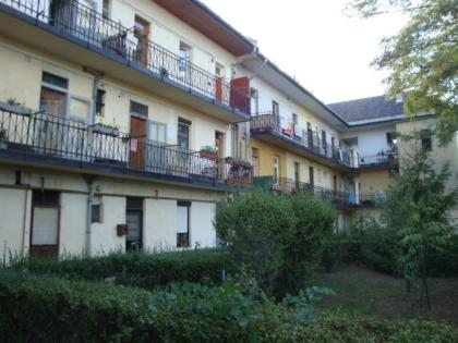 Juta-házak